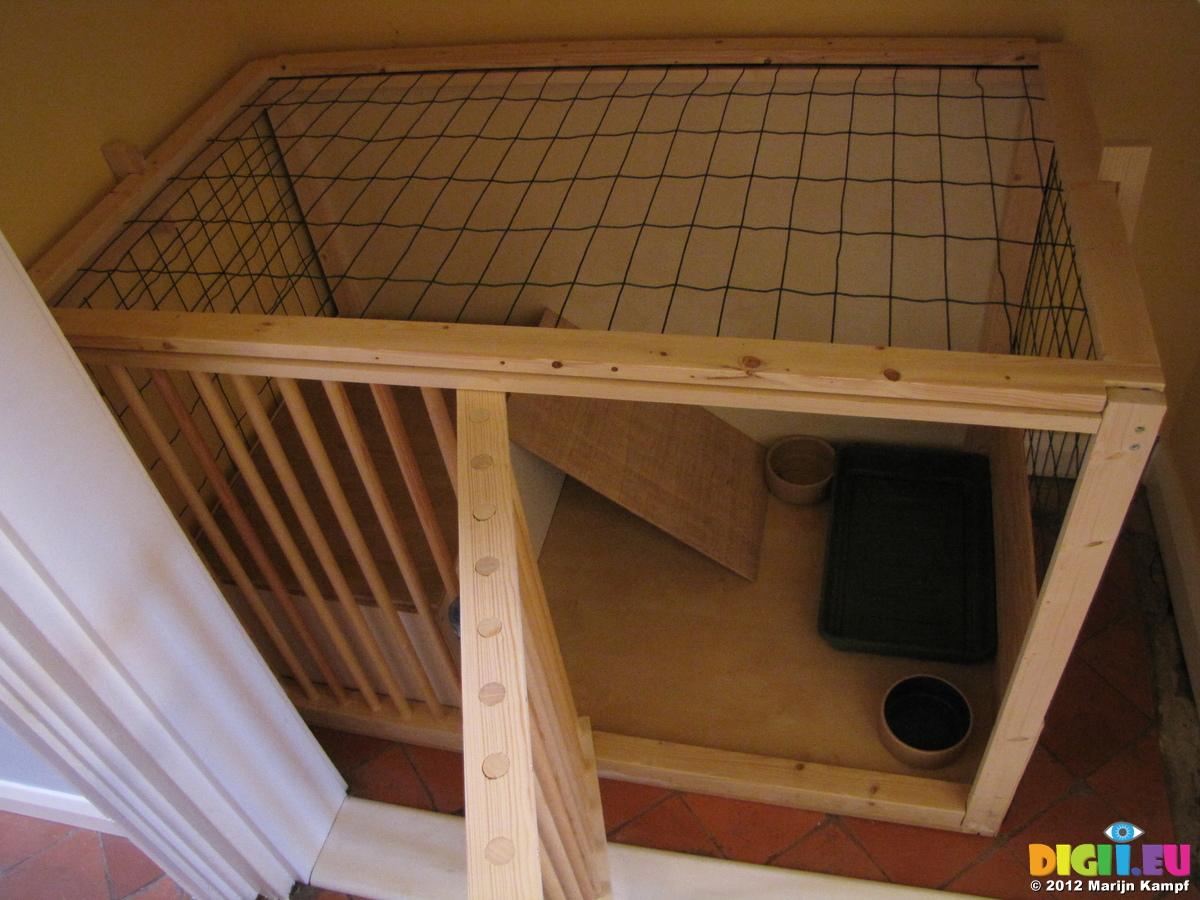Wood plans wishing well rabbit hutch diy make a for Diy rabbit hutch designs
