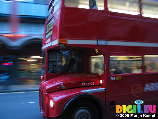 3111 London Bus Double Decker
