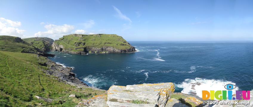SX07043-07053 Panorama Tintagel Head and Castle from Barras Nose