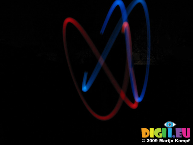 SX10968e Trail of diy colour changing poi