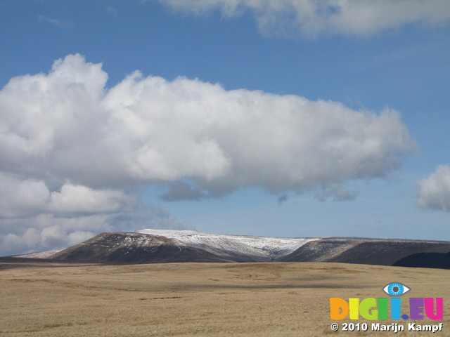 SX13739 Snow covered hills in Brecon Beacons