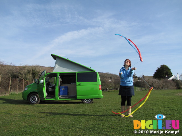 SX13781 Jenni playing poi by Ralphie the Mean Grean Camping Machine