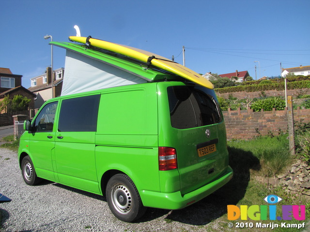SX14110 Popup up with big yellow surfboard on roofrack