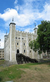 3160-3162 White Tower.jpg