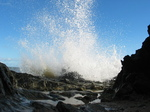 24248 Spray of waves splashing on rocks.jpg