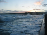 25580 Waves at quay.jpg