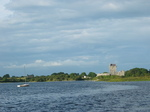 26931 Dunguaire Castle and boat from Kinvara.jpg