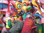 JT00371 People holding carnival float together Prinsenbeek.jpg