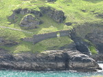 SX06940 Defence wall on headland of Tintagel Castle.jpg