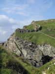 SX07107 Wall of Tintagel Castle.jpg