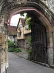 SX07724 Old house through archway.jpg