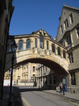 SX07847 Bridge between buildings over street in Oxford.jpg