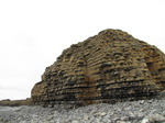 SX10489 Cliffs at Rhoose Point.jpg