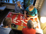 SX10897 Oma, Marijn, Marjan and Macheld playing Word rummikub.jpg