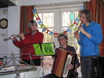 SX12682 Machteld, Anneke and Marjan making music.jpg