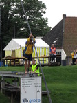 SX15502 Preparing pole fierljeppen (far-leaping) competition in Ijlst.jpg