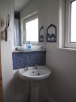SX16719 Bathroom.jpg