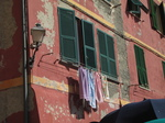 SX19742 Washing outside on house of Vernazza, Cinque Terre, Italy.jpg