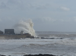 20140208 Bigger waves at Porthcawl lighthouse