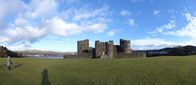 FZ011870-76 Panorama Caerphilly castle.jpg