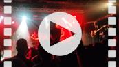 20151021_204808 Suburban Legends - Brian Klemm crowd surf.mp4