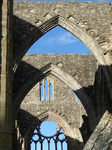 FZ033738 Arches in Tintern Abbey.jpg